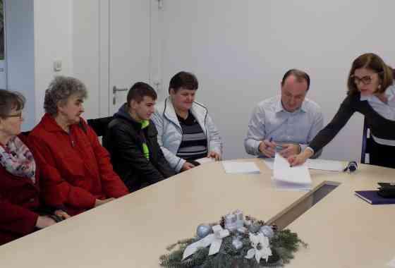 Potpisani ugovori o stipendiranju